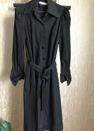 Строгое черное платье natali bolgar