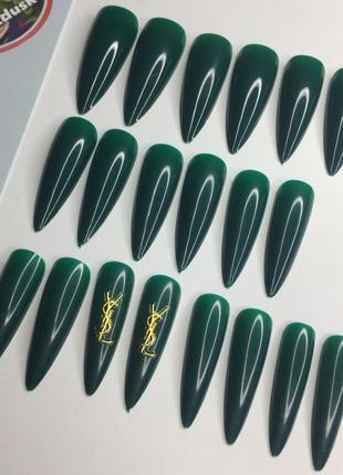 Накладные ногти типсы острая форма зелёные