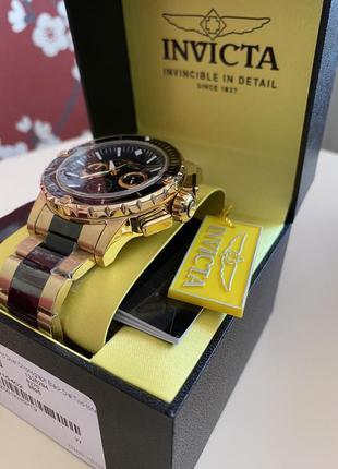 Швейцарський годинник invicta