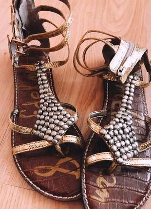 Золотые сандалии босоножки на плоском ходу
