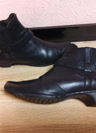 Ботинки демисезонные tamaris -натуральная кожа