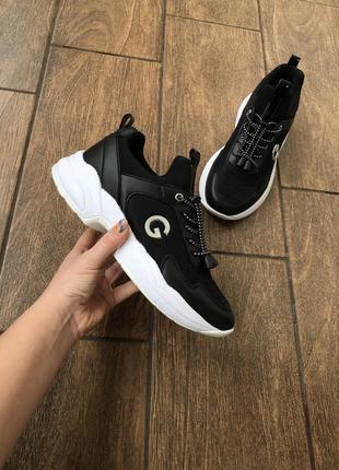 Новые брендовые кроссовки guess в коробке оригинал из сша