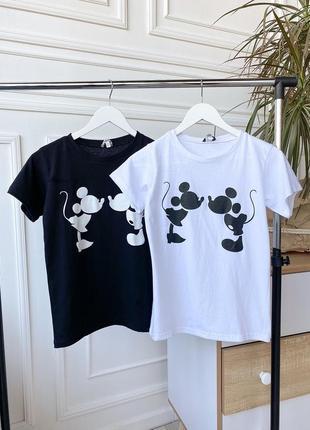 Чёрная белая футболка mickey микки