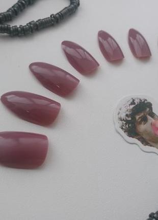 Накладные ногти 24 шт. + специальные стикеры + пилочка