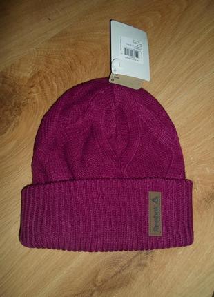 Оригинальная женская шапка reebok ay0426