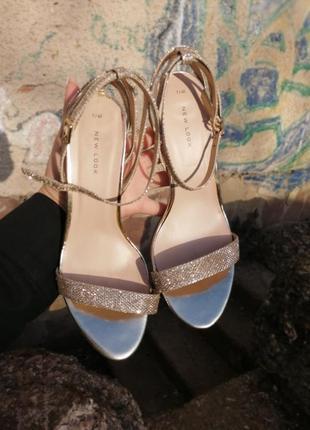 Брендовые туфли босоножки new look