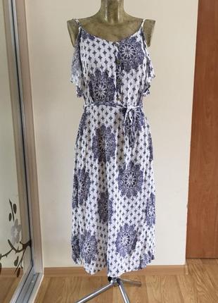 Прекрасное платье f&f