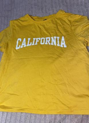 Жёлтая футболка h&m