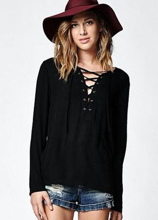 Блуза со шнуровкой forever 21