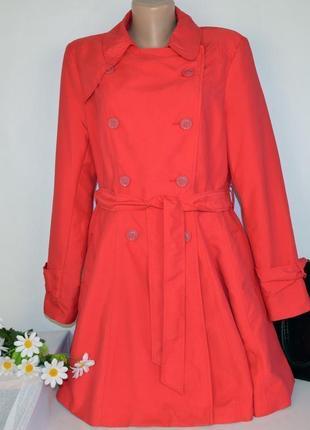 Брендовый красный плащ тренч с поясом и карманами atmosphere этикетка