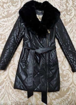 Черное пальто с воротником (экокожа)