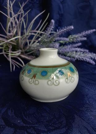Ваза миниатюра ссср фарфоровая с росписью советская полонное позолота круглая