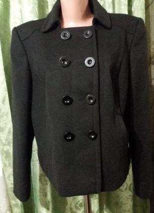 Пальто укороченное от marks & spencer