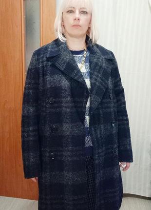 Шикарное двубортное пальто в клетку, шерсть