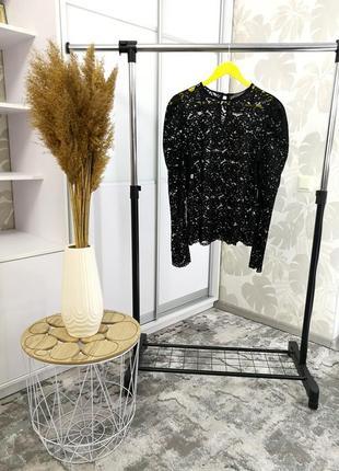 Шикарная черная кружевная блуза с актуальными обьемными рукавами, р. 16