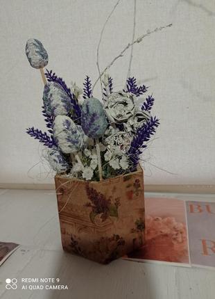 Цветочное украшение к пасхе