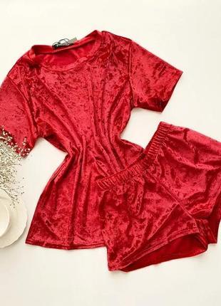 Пижама из велюра футболка и шорты, красная велюровая пижама, домашний костюм