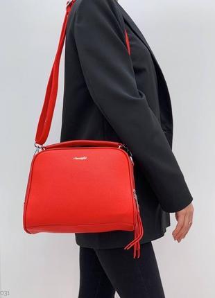 Красивая компактная красная сумка, экокожа