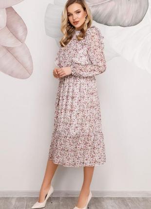 Цветочное платье с рюшами