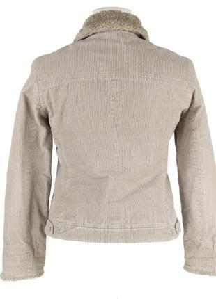 Вельветовая куртка с меховым воротником