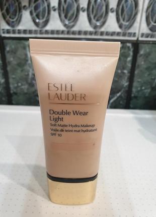 Лёгкая тональная основа estee lauder double wear light 2n1