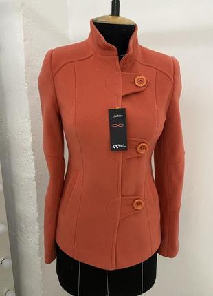Коралловое пальто пиджак из шерсти с кашемиром приталенное