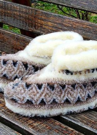 Чуни из овчины низкие вышиванка 36-45