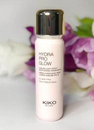 Матирующая и увлажняющая жидкость с гиалуроновой кислотой kiko milano hydra pro matte