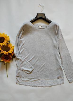 Легкий невесомый свитер свободного кроя