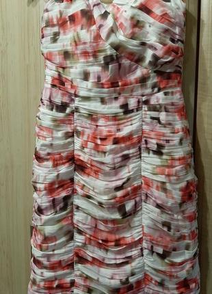 Шикарное  праздничное платье для коктейля без бретелей