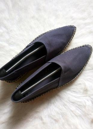 Синие тканевые эспадрильи мокасины с острым носком на плетеной соломенной подошве испания
