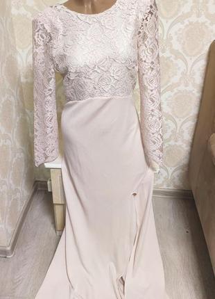 Шикарное вечернее , выпускное платье с кружевом и открытой спинкой