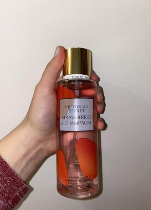 Парфбмированная вода спрей духи мист victoria's secret strawberries and champagne