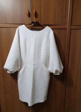 Элегантное зимнее платье