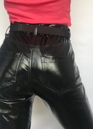 Лакированные штаны
