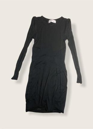 Платье в обтяжку чёрное с длинным рукавом из приятного трикотажа . лиоцел