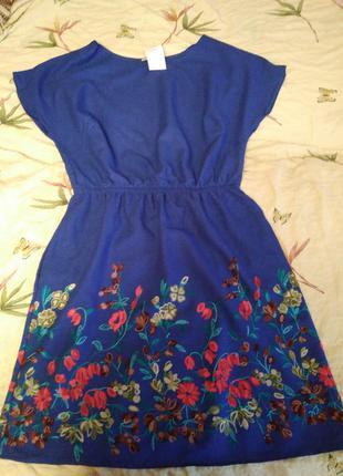 Шикарное летнее платье с вышивкой гладью
