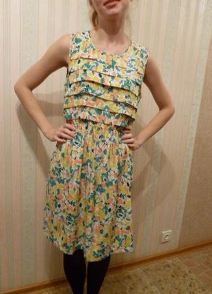 Модное стильное легкое платье шифоновое желтый цветы тренд 2020 французский шик