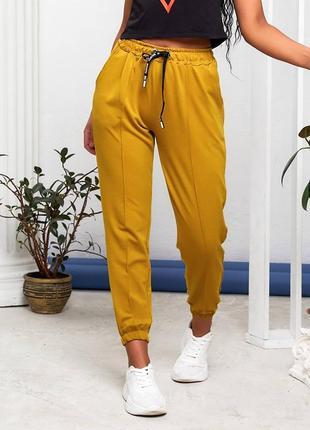 Спортивные штаны, брюки со стрелкой на манжете
