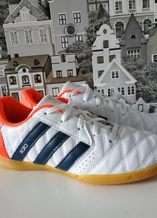 Футзалки, сороканожки, кроссовки adidas 37р