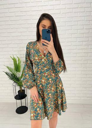 Платье в цветочек хаки