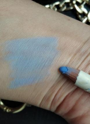 Светлл-голубой карандаш для контура глаз2 фото