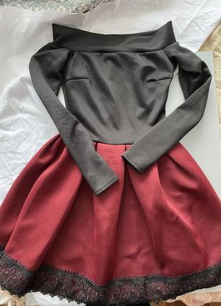 Сукна в відкритими плечима