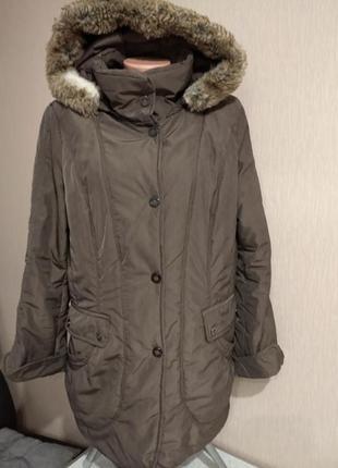 Удлиненная демисезонная куртка пальто