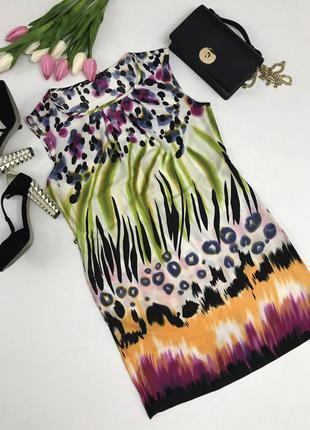 Стильное платье свободного кроя,в яркий принт.