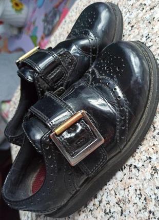 Крутые туфли на девочку либо мальчика