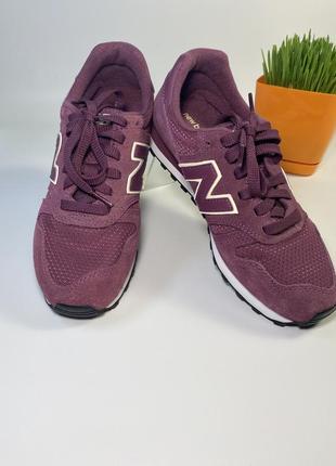 Продам новые фирменные женские оригинальные кроссовки new