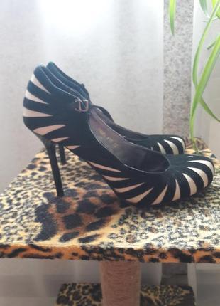 Очень красивые туфли натуральная кожа и замша бренд mallanee р. 37-37,5-38