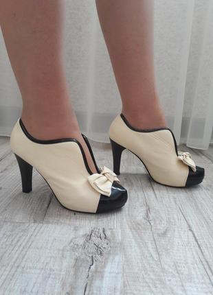 Туфли в стиле шанель  размер 36-36,5-37-37,5-38-38,5