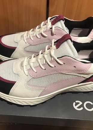 Кожаные кроссовки ессо exostrike